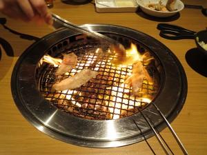 寒い時期はやっぱり焼き肉ですね。