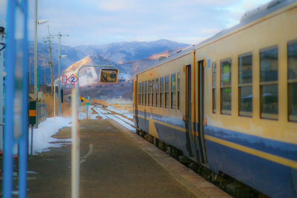 ストーブ列車、雪の津軽鉄道